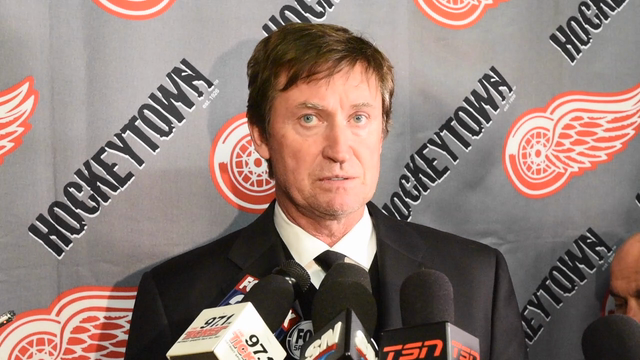 Gretzky 'very lucky' to know Howe