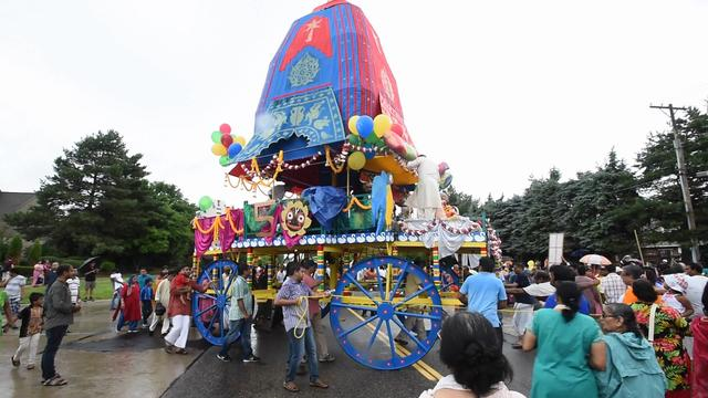 2016 Festival of Chariots parade