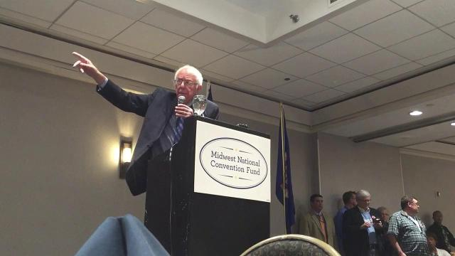 Sanders touts Clinton to Michigan delegates
