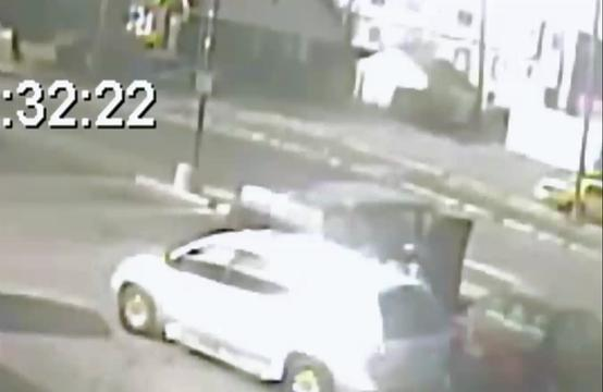 Surveillance video of larceny on Detroit's east side