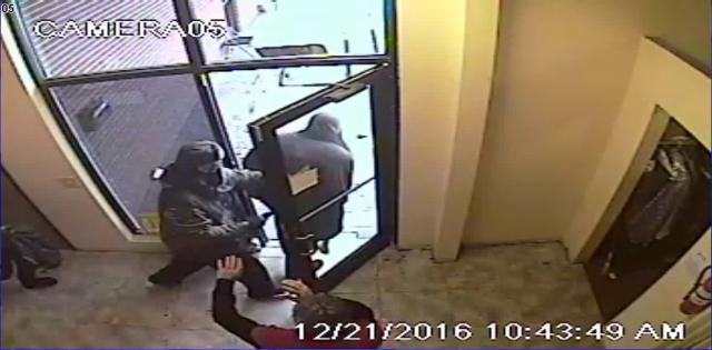 dearborn jewelry store robbery