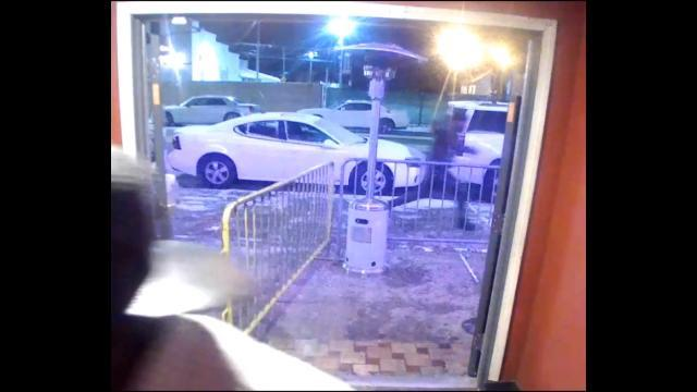 Detroit police seek shooting suspect
