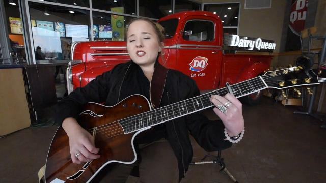 Singer-songwriter Ali McManus, a Bloomfield Hills native, has endured 11 surgeries as a result of a rare bone disorder, osteoporosis and scoliosis. She will perform at a benefit for music therapy programs Friday at MotorCity Sound Board.