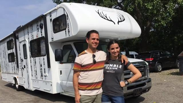 An RV glamper hits the road